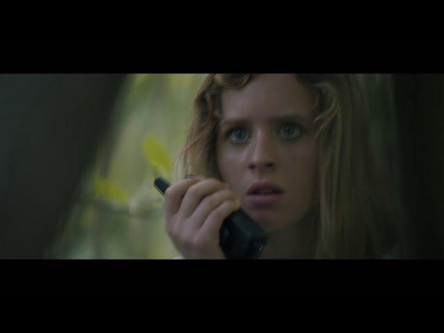 Becky - mladá dívka bránící svůj domov