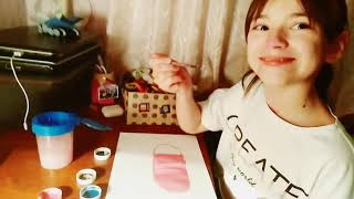 Саша РИСУЕТ КРАСКАМИ и делает АКВАГРИММ Sasha draws paints and doing face painting