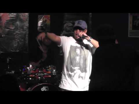 """Ooh of Brownfish """"Dope Boy"""" Live"""