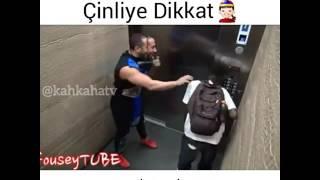 Asansörse Karete Şakasının Sonu Kötü Sonu !!!