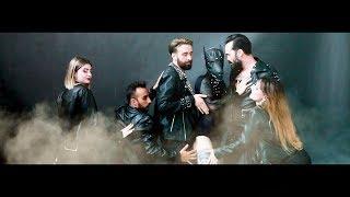 Versus | Besa mi boca | Videoclip Oficial | Julián Santos & Ismael Grau