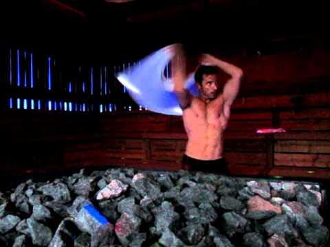 Sauna Aufguss Weltmeister Helli  im 5 Sterne Wellnesshotel Andreus-Südtirol