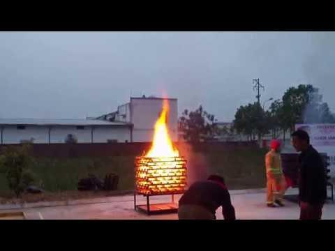 Thử nghiệm khả năng chữa cháy bình chữa cháy dạng ném & bình chữa cháy bột 8 kg