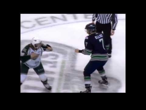 Mitch Elliot vs. Lucas Grayson