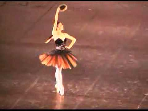 Natalia Osipova at 17, Esmeralda variation (Bolshoi Ballet Academy)