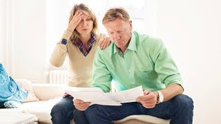 Should married couples file joint or separate tax returns?