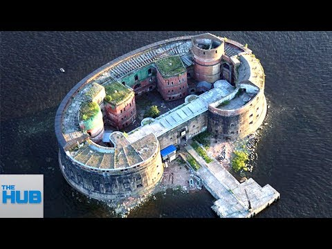 10 Most Heavily Guarded Homes On Earth