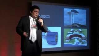 Casas de plástico: Joaquim Caracas at TEDxFortaleza