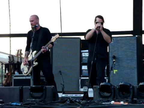 Kyuss - El Rodeo(Live @ Terra Vibe Park, 03-07-2011 Athens)