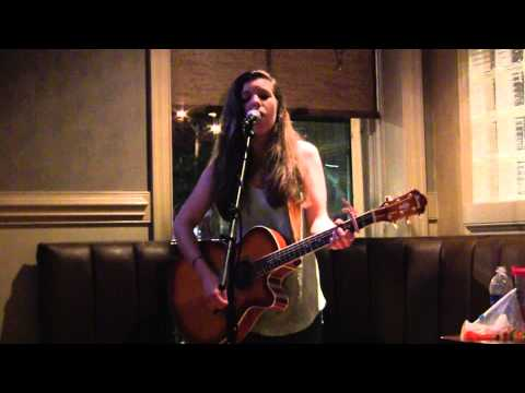 All Too Well - Taylor Swift - live cover by Noelle Smith