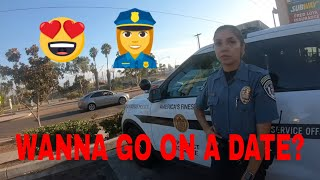 Lavar The Moto Man out here Asking a cop 👮♀️ on a date (share it) 🤟