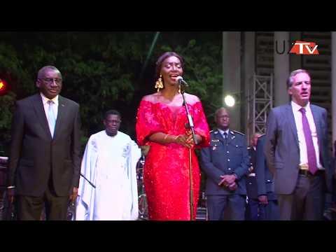 Finale de la coupe du monde: «Coumba Gawlo chante la France»