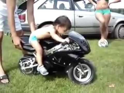 unik dan lucu_usia 2 tahunan naik motor