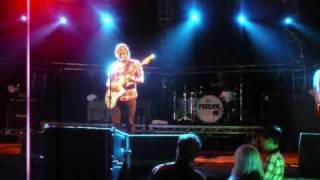 Feeder - new song (Sentimental) @ Hevy Music Festival, Folkestone Seafront - August 1st 2009 HQ