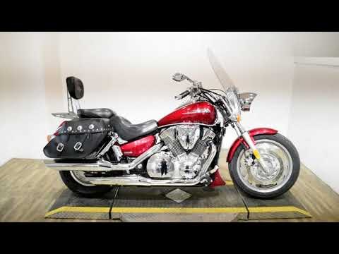 2004 Honda VTX1300C in Wauconda, Illinois - Video 1