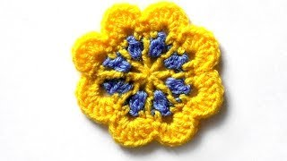 Двухцветный цветочный мотив