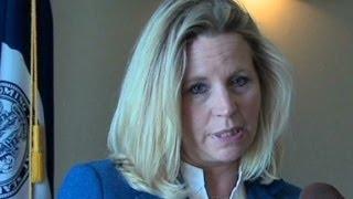 Cheney sisters split over same-sex debate