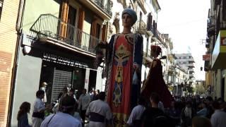 preview picture of video 'Dia del Geganter Vilafranca del Penedès 2012 - Gegants Grossos de Vilanova'