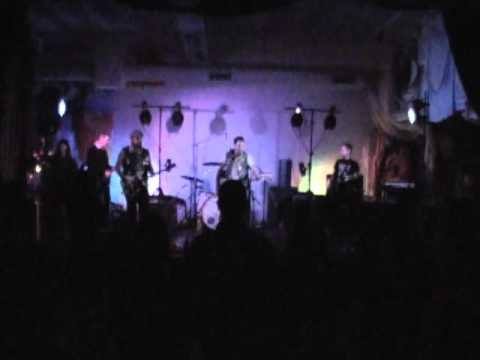 Bassamp & Dano LIVE at DK Christmas 2011