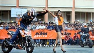 KTM Stunt Show At Vadakara By THROTTLERZ