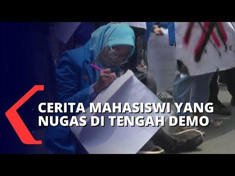 kisah mahasiswi tetap nugas di tengah aksi demo uu cipta kerja