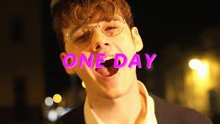Kadr z teledysku One Day tekst piosenki Lovejoy (band)