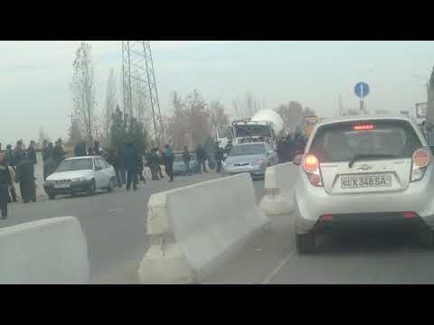 дтп в Ташкенте машину перевернуло