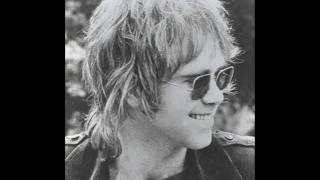 "Video thumbnail of ""Elton John - Levon"""