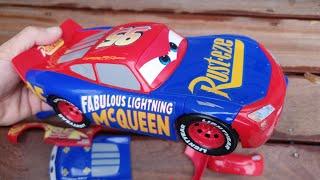 Change & Race Disney Cars 3 Toys Lightning McQueen video Fun With Dlan's Toys