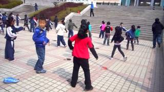 preview picture of video 'Jazzercise time at Weihai Daguanghua International School!'