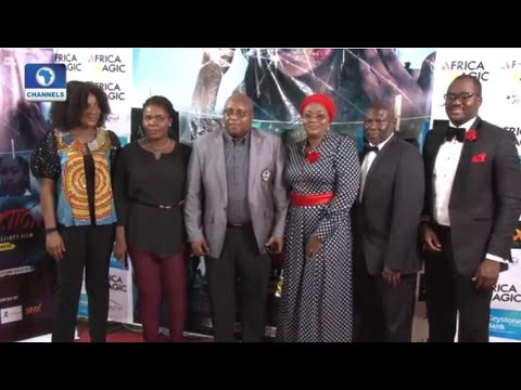 EN: Desmond Elliot Premieres New Movie About Schizophrenia, Reflections