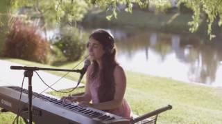 """Gaby Echevarria canta """"Amapola"""" de Juan Luis Guerra"""