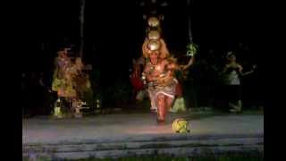 preview picture of video 'Samoan Dance at Tradewinds hotel  Taualuga'