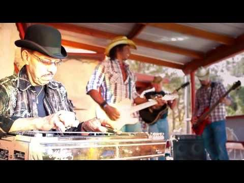 CHRIS BELL BAND - DADDY PLAYS PLAYS STEEL GUITAR