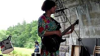 Nikola Mucha (full concert): 1. Je mi blbě (Krákor, 18/6/2011)