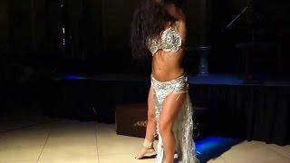 Алла Кушнир (Alla Kushnir dancing to Shik Shak Shok at the Gate , Encino , California)