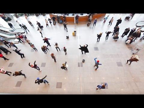 , title : 'Флэшмоб в Домодедово: танцуют все! | Flash mob in Domodedovo Airport'