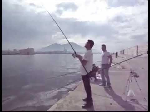 Quello che è necessario per pesca subglaciale
