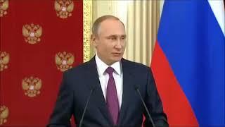 Девушка на митинге назвала Путина гарантом проституции.
