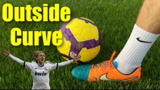 How to Bend a Soccer ball with the Outside of Your Foot | Tutorial