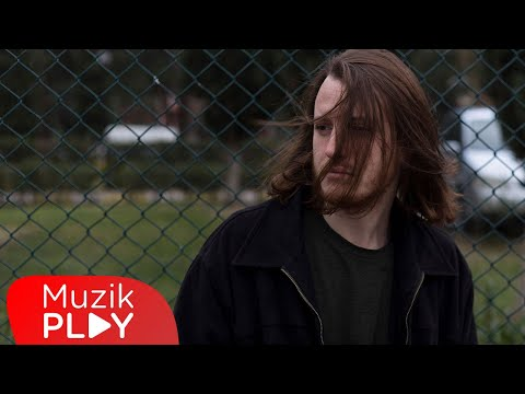 Emirhan Derindere - Gizlice (Official Lyric Video) Sözleri