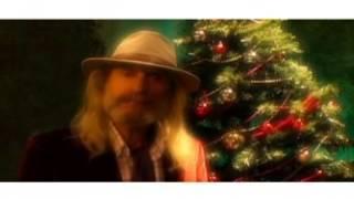 It's Christmas by Bob Pitt with Ken Dodd, Ricky Tomlinson, Billy Kinsley and Charlie Landsborough