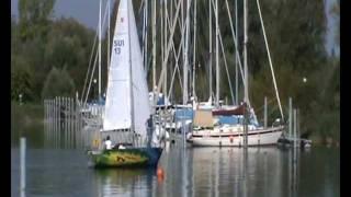 preview picture of video 'Segelschule Kreuzlingen - Auslaufen mit Picasso - www.segelschulekreuzlingen.ch'