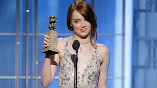 Video Emma Stone Gets Standing Ovation, Wins First Golden Globe Award At 2017 Golden Globes