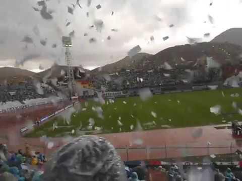 """""""La Hinchada en el Bermudez en el Partido San Jose 1 - 1 El Nacional de Ecuador"""" Barra: La Temible • Club: San José"""