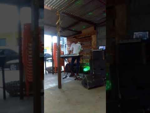Nicassio dos teclados em Biritinga. Ao vivo