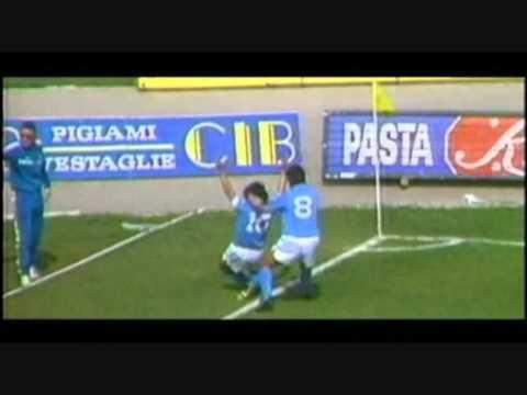 מחווה לגדול הכדורגלנים: מיטב מביצועיו של דייגו ארמנדו מראדונה