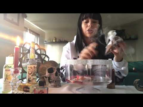 #DIY #HowTo #style HowTo make ur own Beauty Spell #5mincraft #rituals #magic #love #witch #bruja