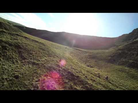 ritewing-zephyr-z2s-in-formation-flying-fpv-downhill-close-proximity-at-mam-tor