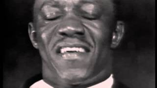 Art Blakey and his Jazz Messengers - Caravan (Live video 1963-ish..)
